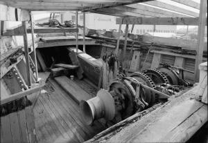 lumber schooner wawona main deck bow