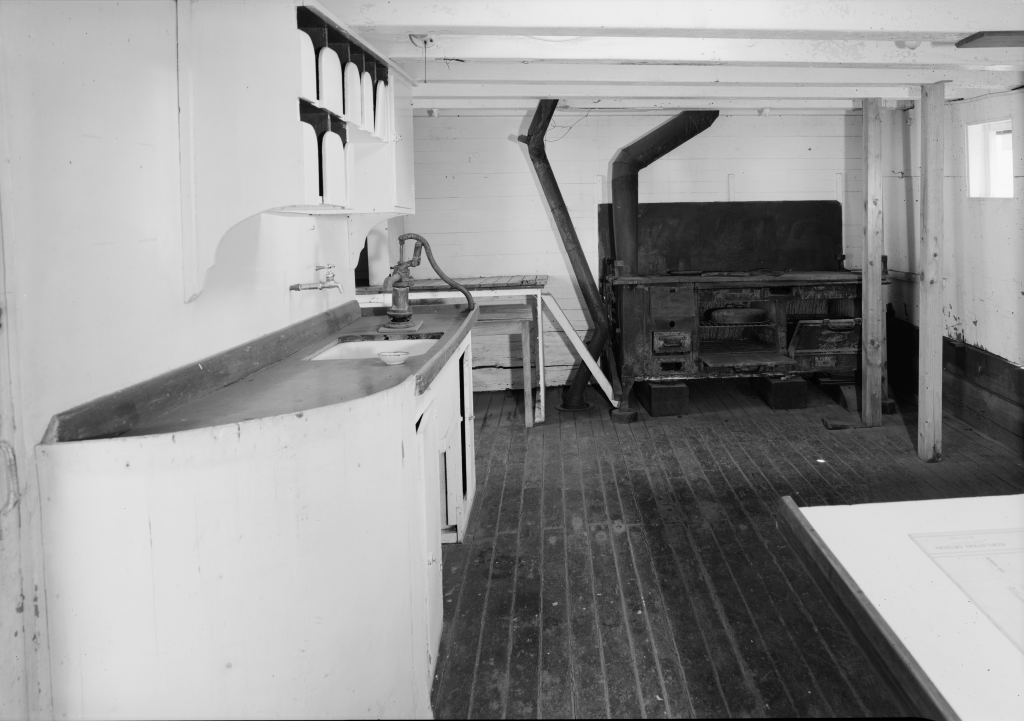 photograph galley deckhouse lumber schooner Wawona