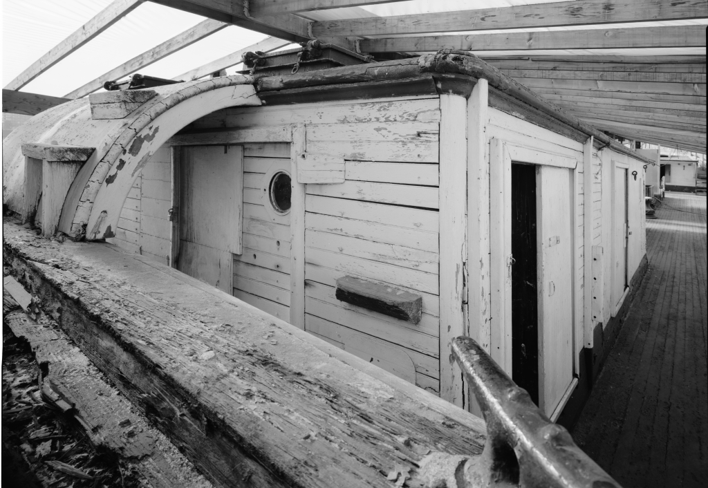 photograph deckhouse lumber schooner Wawona